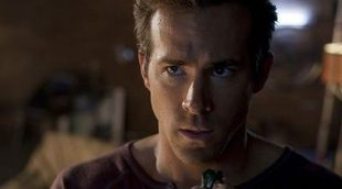 Ryan Reynolds habla con su sádico gato en el primer tráiler de 'The Voices'