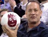 Tom Hanks se reúne con la pelota Wilson de 'Náufrago' 15 años después