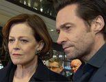 Sigourney Weaver y Hugh Jackman se lamentan por la muerte de Leonard Nimoy en el estreno de 'Chappie' en Berlín