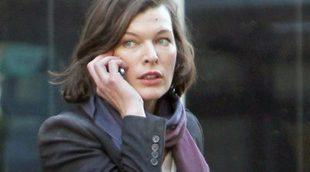 Primer tráiler de 'Survivor', protagonizada por Milla Jovovich y Pierce Brosnan