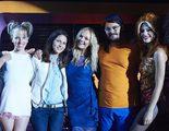 Así fue el cameo de la ex Spice Girl Emma Bunton en 'Cómo sobrevivir a una despedida'