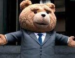 Mark Wahlberg y Ted intentan robar semen en el nuevo tráiler de 'Ted 2'
