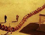 500 personas encadenadas protagonizan el póster de 'The Human Centipede 3'