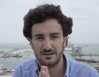 """Miki Esparbé, de 'Requisitos para ser una persona normal': """"Me flipan las comedias románticas"""""""