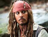 Johnny Depp se convierte en Jack Sparrow para visitar un hospital infantil