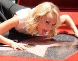 Kristin Chenoweth recibe su estrella en el Paseo de la Fama, coincidiendo con su cumpleaños