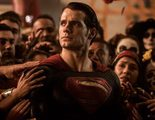 Conoce al detalle los trajes de Batman, Superman y Wonder Woman en 'Batman v Superman: El amanecer de la justicia'