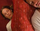 'La camarera Lynn': Lo que se esconde debajo de una cama