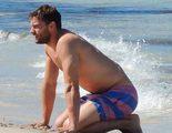 Jamie Dornan disfruta de las playas españolas antes de rodar la segunda parte de 'Cincuenta Sombras de Grey'