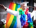 Ian McKellen orgulloso de su vida, anima a salir del armario a todos los actores gays