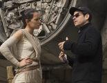 J.J. Abrams confirma que Rian Johson ya ha acabado el guion de 'Star Wars VIII'