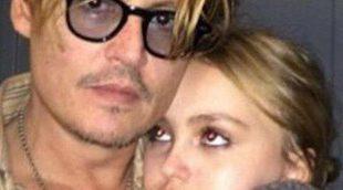 Johnny Depp se emociona al hablar de la enfermedad de su hija Lily Rose