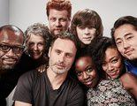 Los protagonistas de 'The Walking Dead' te desean unas felices fiestas