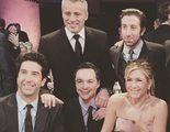 Los protagonistas de 'Friends' y 'The Big Bang Theory' juntos en una foto memorable