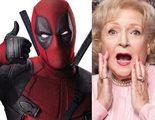 Betty White dice que Ryan Reynolds está 'jodidamente guapo' con su traje de 'Deadpool'