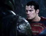 Alguien ha ordenado cronológicamente los tráilers de 'Batman v Superman: El amanecer de la justicia'