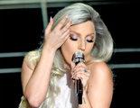 El reparto de 'Sonrisas y lágrimas' le devuelve el homenaje a Lady Gaga