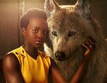 Los actores de 'El Libro de la Selva' posan junto a sus personajes en una impresionante sesión de fotos