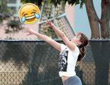 Jennifer Lawrence jugando baloncesto se hace viral con varios memes y montajes