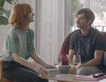 Una extraña cita la de Alexandra Jiménez y Javier Rey en el clip en exclusiva de 'Kiki, el amor se hace'