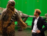 Los príncipes de Inglaterra visitan el set de rodaje de 'Star Wars: Episodio VIII'