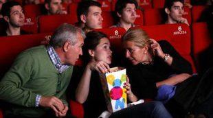 """Cuatro encapuchados irrumpen en un cine al grito de """"Alá es grande"""""""