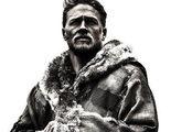 Llega el primer póster del 'Rey Arturo' de Charlie Hunnam en la Comic-Con