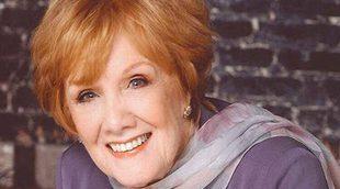 Muere Marni Nixon, la voz fantasma de Hollywood, a los 86 años