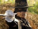 La policía detiene al Zorro en un aeropuerto de Los Ángeles