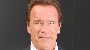 El hijo de Arnold Schwarzenegger recrea una mítica escena de 'Terminator 2'