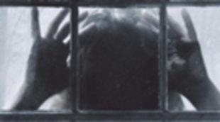 Poster de 'Presencias extrañas'