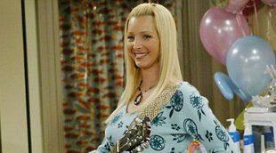 """Lisa Kudrow y la """"reunión"""" de 'Friends' en 'La chica del tren'"""