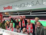 El reparto de 'Juego de Tronos' apoya al Sevilla F.C. en su partido contra el Barça