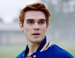 Teaser tráiler de 'Riverdale': Archie se pone cachas en tu nueva serie adolescente favorita