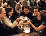 El spin-off de 'Cómo conocí a vuestra madre' sigue adelante con nuevos guionistas