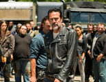 Andrew Lincoln promete que 'The Walking Dead' será menos depresiva en 2017