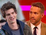 Globos de Oro 2017: Ryan Reynolds y Andrew Garfield se besan durante la gala
