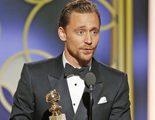 Tom Hiddleston pide disculpas por su discurso en los Globos de Oro