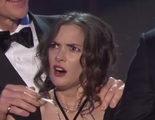 Las fascinantes caras de Winona Ryder en los Premios SAG tienen explicación