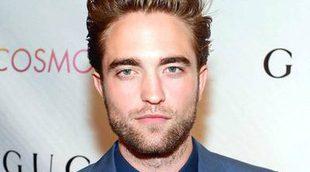 Robert Pattinson comió larvas vivas y le eliminaron la escena