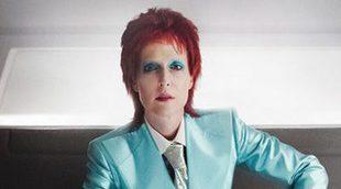 Gillian Anderson se convierte en David Bowie para 'American Gods'