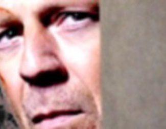 La laca no puedo con Bruce Willis