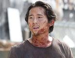 El equipo de 'The Walking Dead' despidió a Steven Yeun cantando y bailando a los Backstreet Boys