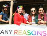 Así pasan el Orgullo el reparto de 'Por trece razones' y otros famosos