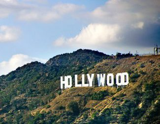 ¿Pagarías 50 dólares por ver una película en casa 2 semanas después de estrenarse en cines?