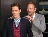 Alexander Skarsgård 'asusta' a su hermano Bill en la premiere de 'It'