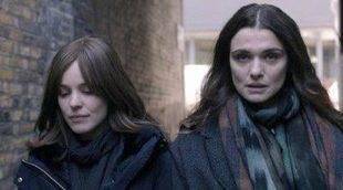 Rachel Weisz y Rachel McAdams calientan Toronto con esta escena lésbica