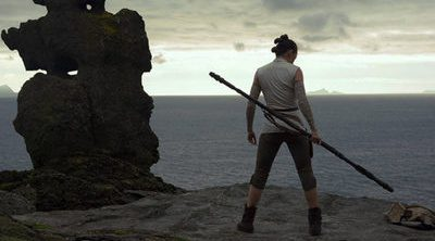 'Star Wars: Los últimos Jedi' ya está terminada, y lo celebra con nuevas imágenes