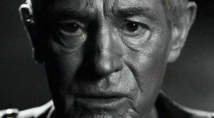 Ha muerto el actor Jan Triska tras su caída por el Puente Carlos