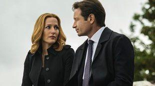 ¿Por qué se han arrodillado Gillian Anderson y David Duchovny en el rodaje de 'Los expedientes secretos X'?